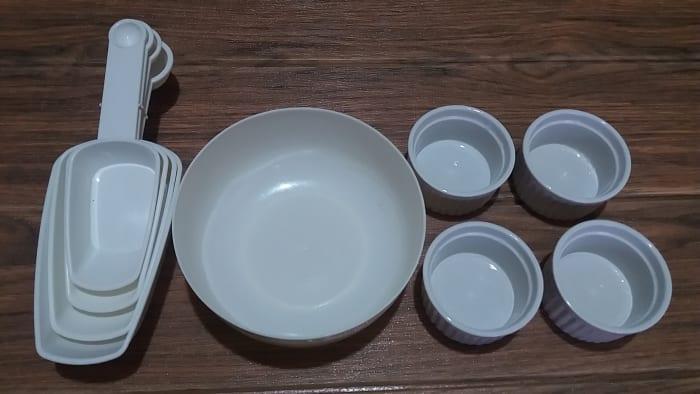 utensils for making egg-free pie