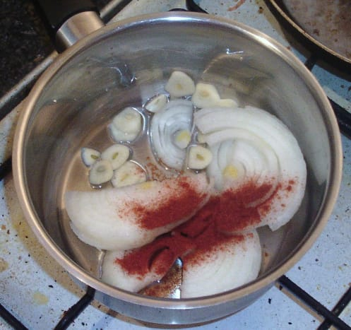 Sauteing onion, garlic and paprika