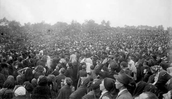 Thousands witnessed the miracle of the sun on October 17, 1917.