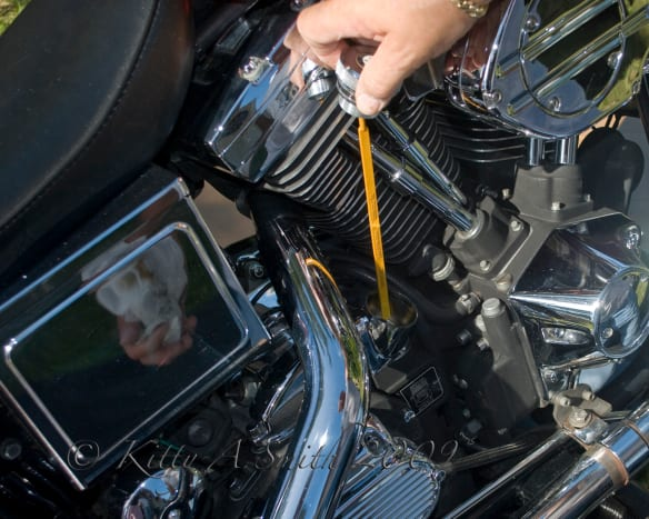 how-to-change-oil-in-an-hd-low-rider