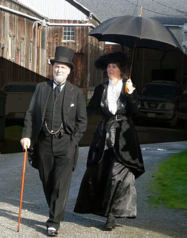 Matt and Lori Knowles in full Victorian costume, by Ellin Beltz