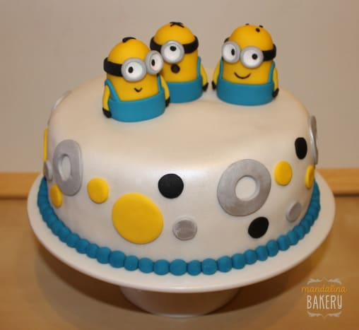 """Despicable Me"" Minions cake for kids."