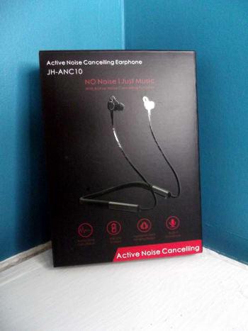 Vogek Active Noise Cancelling Headphones.