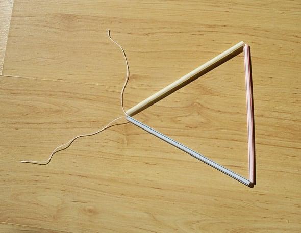 Make triangle base.
