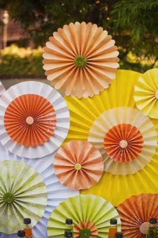 Large rosettes decorations