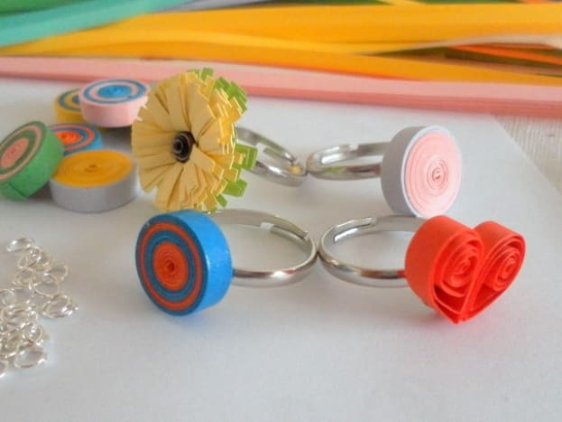 Design your own rings with quilling paper