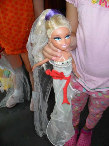 Bratz Dolls No-Sew Clothing