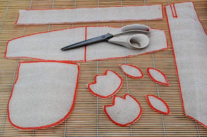 Simplicity 2908 bonnet pattern copied onto Underfloor layment foam.View E