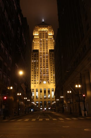 This picture was taken at night in December 2015. I was determined to get pictures of everything in the Loop, even if it meant wondering the streets at 2AM. Which by the way isn't a good idea in some neighborhoods of Chicago.