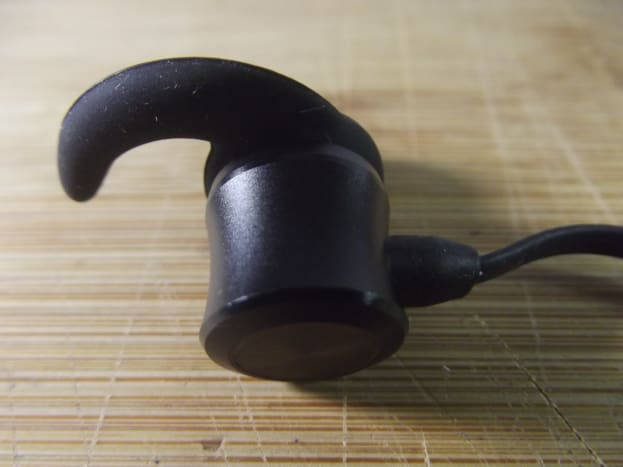 Earpiece for Iteknic's IK-BH001 earbuds