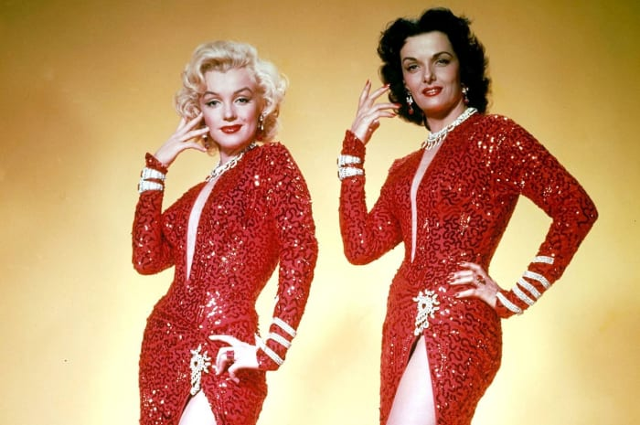Marilyn Monroe & Jane Russell in Gentlemen Prefer Blondes.