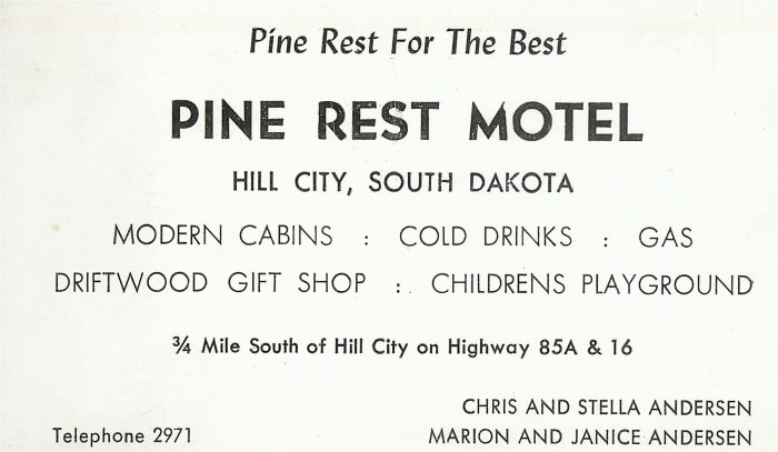 south-dakota-road-trip-from-the-1950s-with-family-pictures
