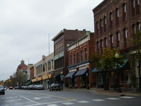 A Marquette downtown street scene