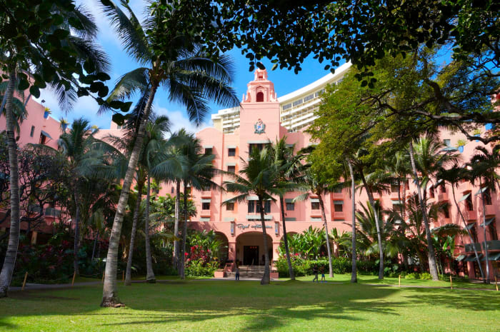 "Royal Hawaiian Hotel - the ""Pink Palace of the Pacific"""