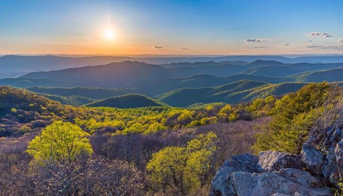 Bearfence Mountain Sunset at Shenandoah National Park