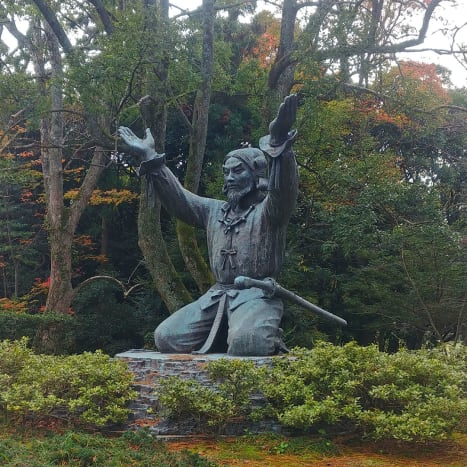 Okuninushi, Shinto God of Marriage and Good Relationship, and ruler of Ancient Izumo, greets visitors outside the main shrine grounds.