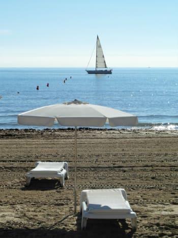 Alicante, one morning in November.