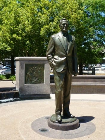 Monument of George H. W. Bush in Houston