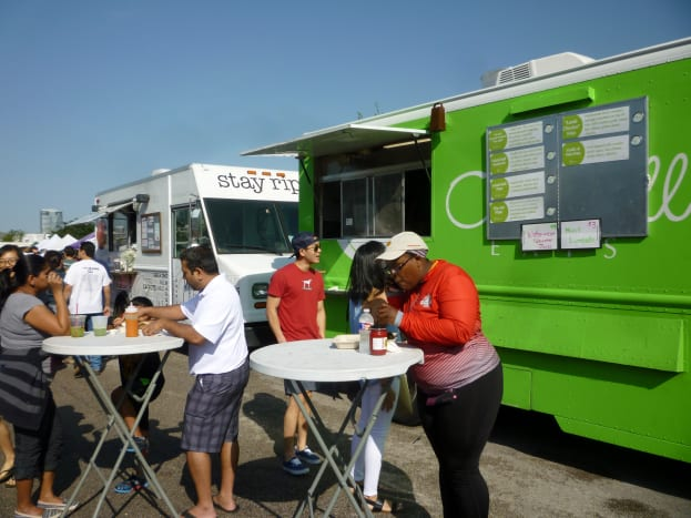 Food trucks at the Eastside Farmer's Market