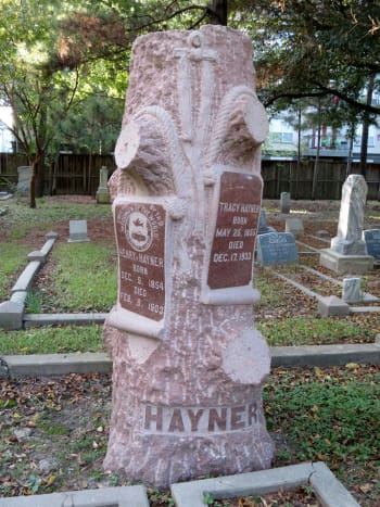 Woodmen of the World (Hayner Monument) in Washington Cemetery
