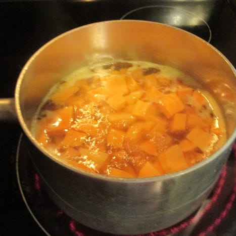 Potatoes cooking in the pot.