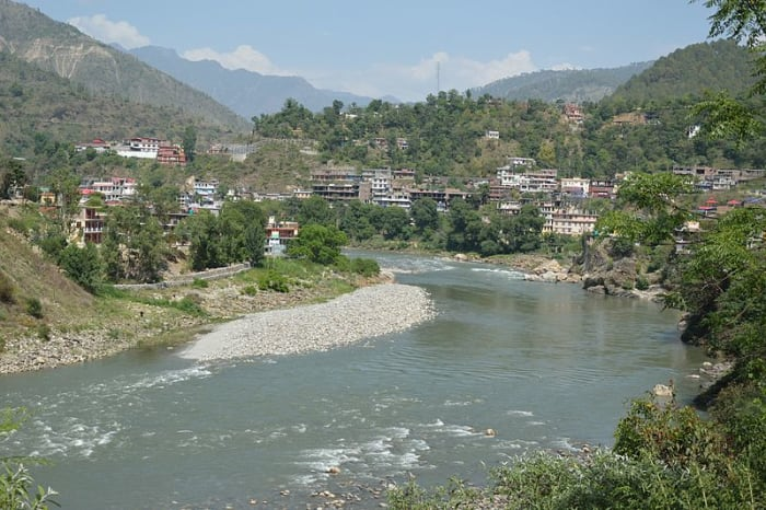 Beas reaching the Mandi town