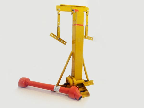 This is a hydraulic-style grain bin jack, designed for medium-heavy loads.