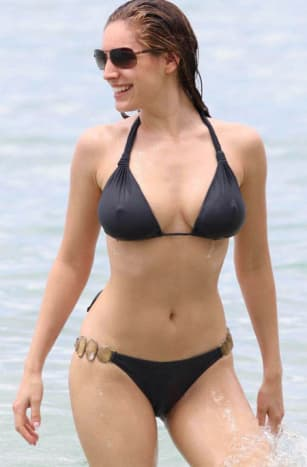 Kelly Brook In Barbados Photos