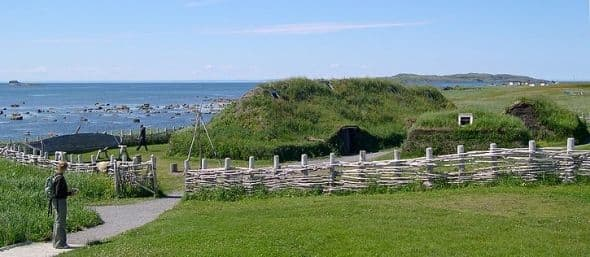 """L""""anse aux Meadows - Restored Viking house - Wikipedia Commons License"""