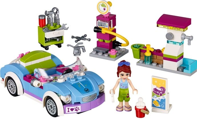 Mia's Roadster (41091)  Released 2015.  187 pieces.