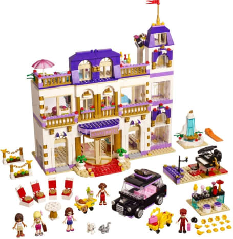 Heartlake Grand Hotel (41101)  Released 2015.  1,552 pieces.