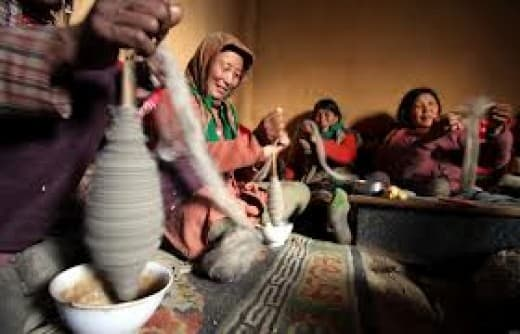 Weaving and Spinning is very common in Kinnaur