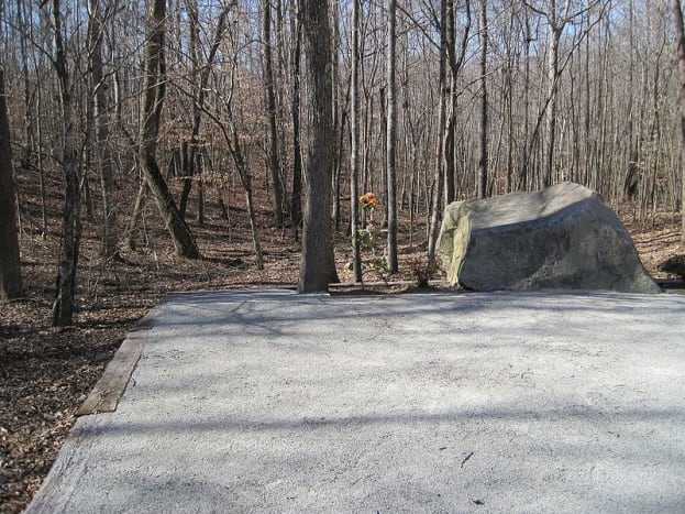 Patsy Cline Memorial near Camden TN
