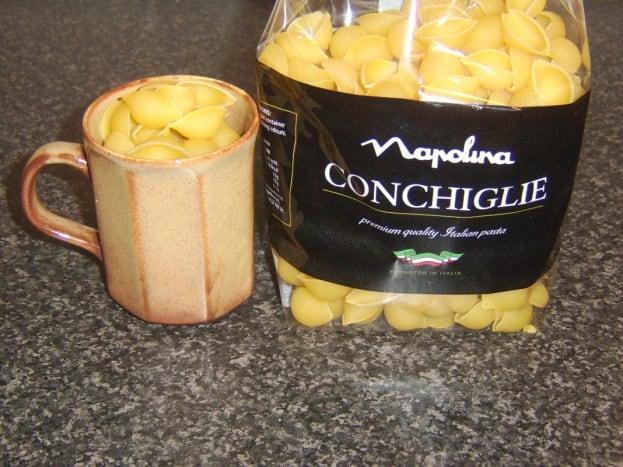 A single portion of conchiglie pasta