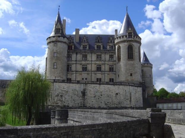 La Rochefoucauld, 30 minutes away
