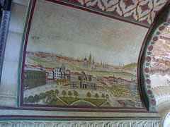 Intricate hand paintings adorn the walls at the ruined palace at Arki