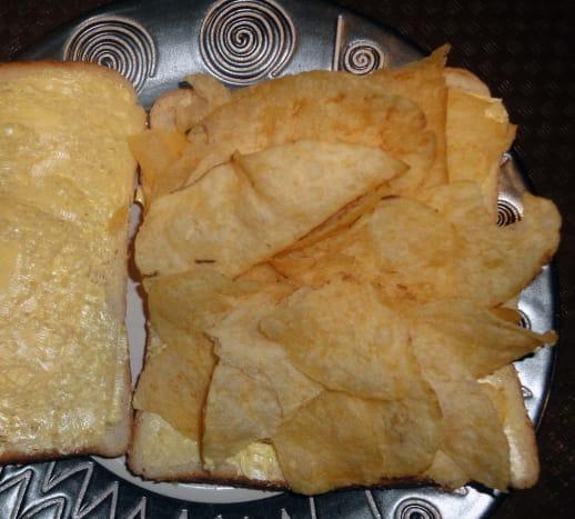crisp-banana-sandwich