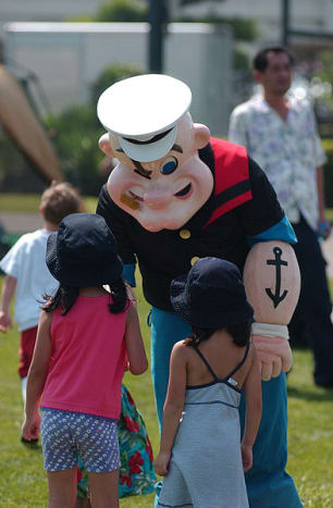 popeye-the-sailor-man-spinach-festival-crystal-city-texas