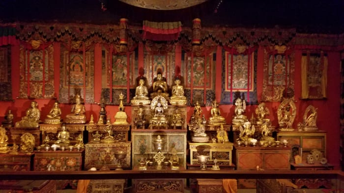 Depiction of the inside of a Buddhist temple.