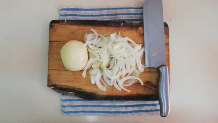 How the onions should look for the topping of the burger