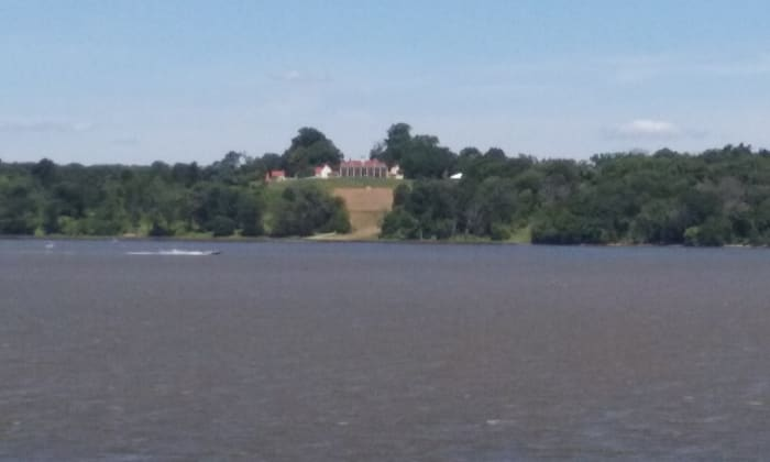 Mount Vernon from the Potomac River, July 2016.