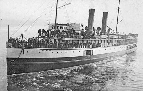 SS Islander leaving Vancouver, bound for Skagway, 1897
