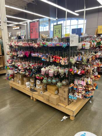Christmas décor and ornaments