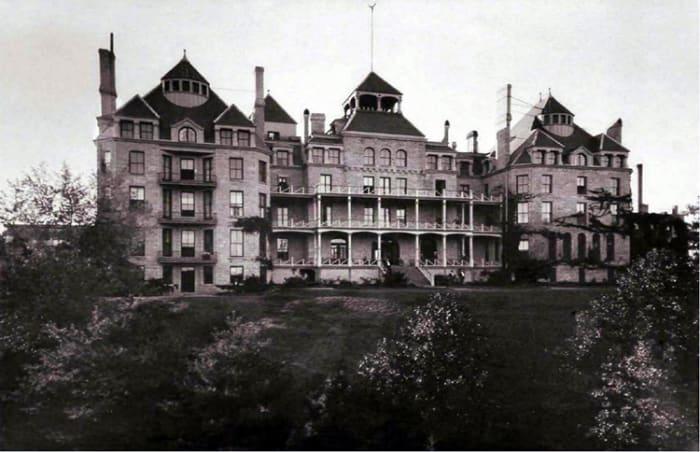 Crescent Hotel, Eureka Springs, Arkansas - Postcard, circa 1890s