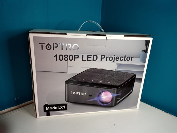 review-of-the-toptro-x1-bluetooth-wi-fi-projector