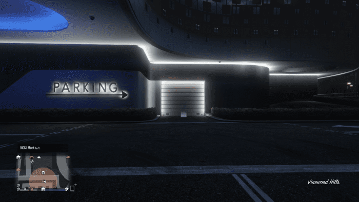 To avoid the carnage at the front entrance, drive to this roll-up door to enter the Casino Garage. If you own a Penthouse you can opt to enter your Penthouse Garage from here.