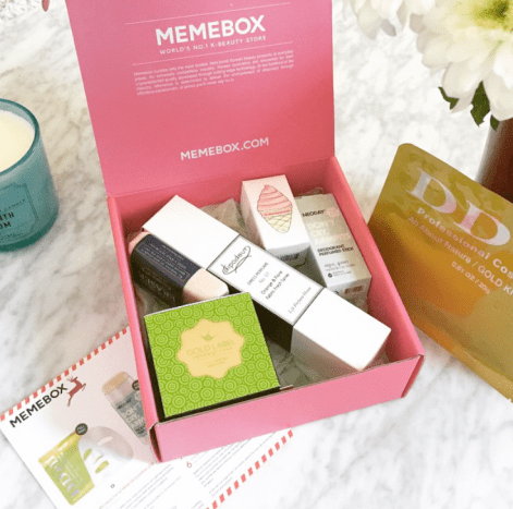 Here are all the contents of the stress free Memebox once I opened it. Love at first sight!