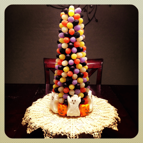 Halloween candy tree craft project.
