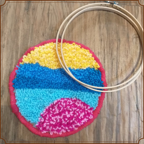 """An example with a round landscape (9"""" hoop)."""