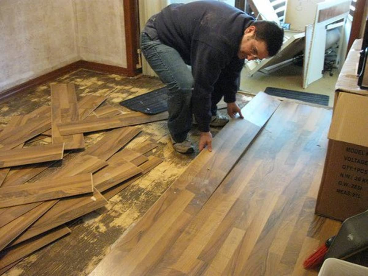 How To Remove Laminate Floor Diy, How To Remove Laminate Flooring From Concrete